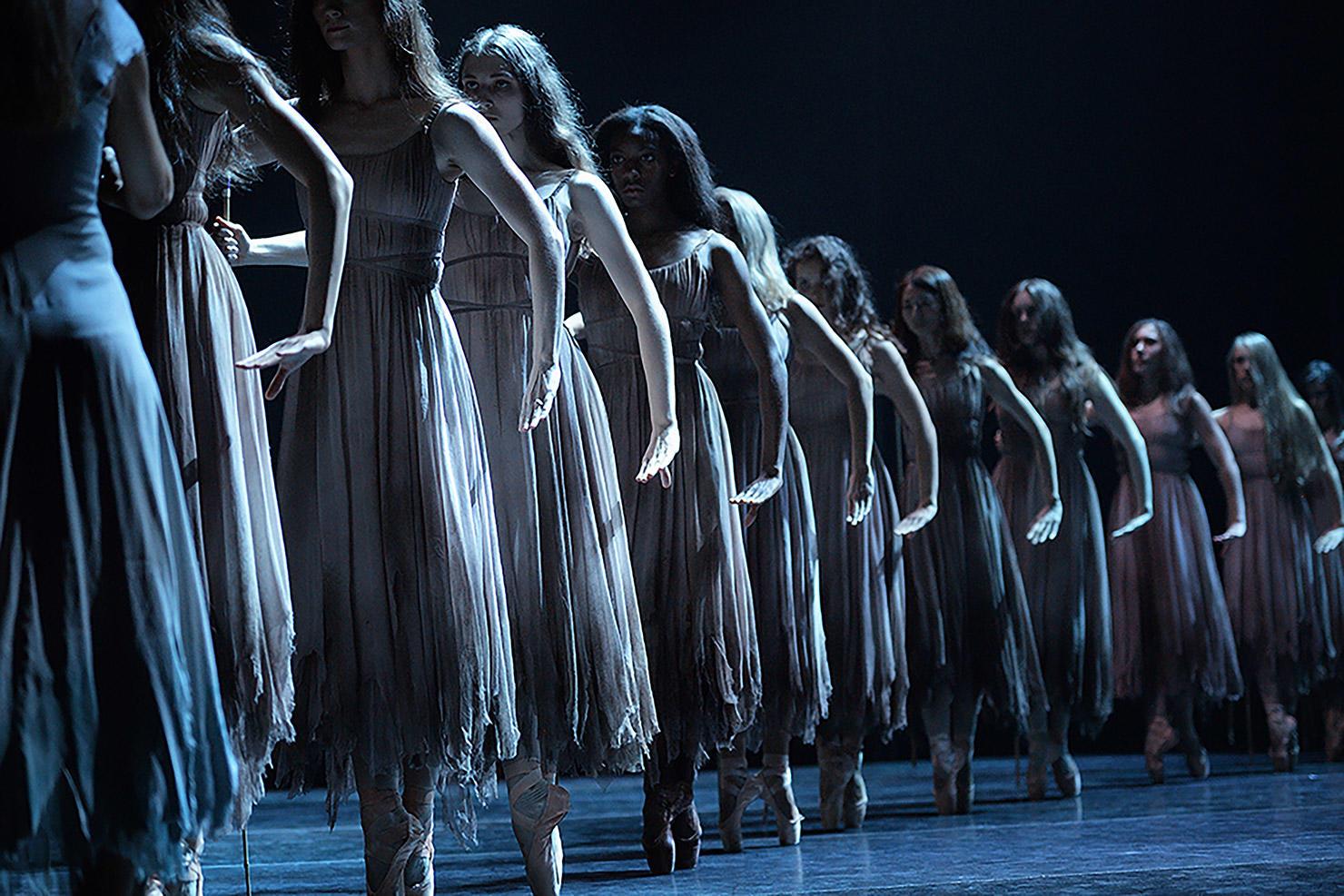 English-National-Ballet-in-Akram-Khan's-Giselle-©-Laurent-Liotardo-(1).jpg