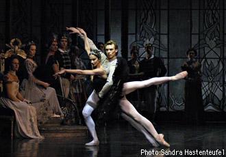 ベルリン国立バレエ団団『白鳥の湖』 マラーホフ、セミョーノワ