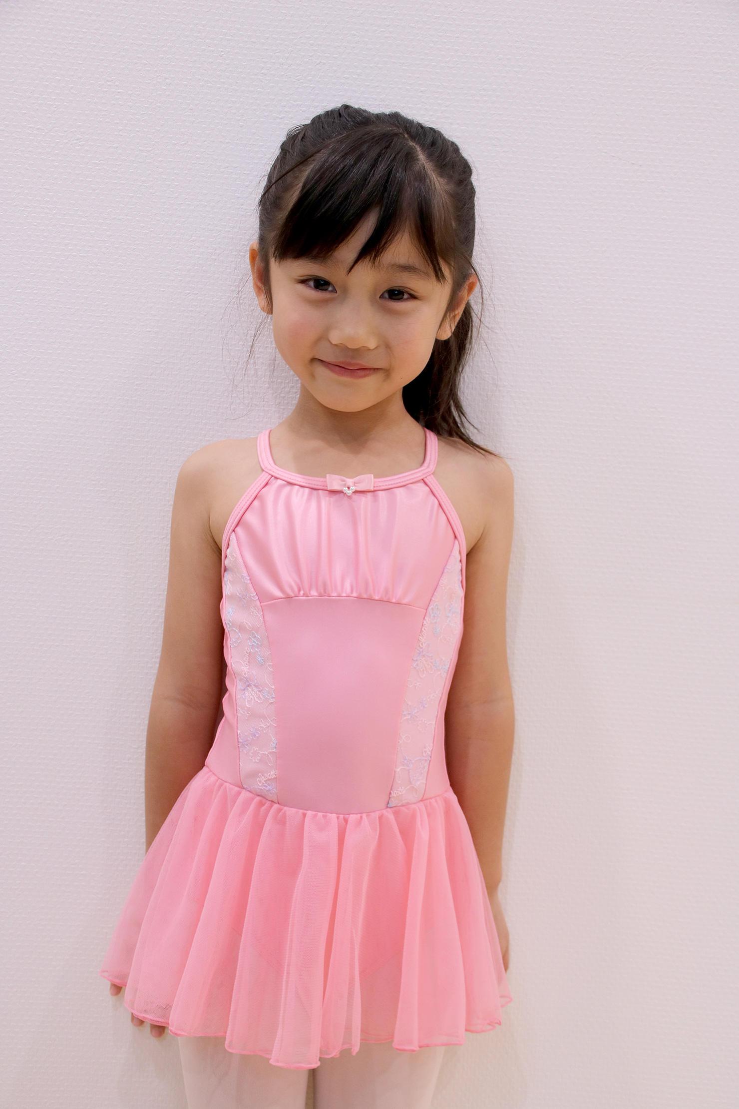 kidsmodel_ria001.jpg
