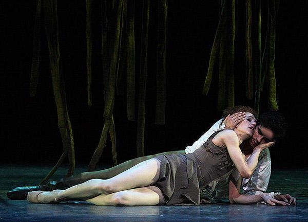 英国ロイヤル・バレエ団 『マノン』 photo/Angela Kase