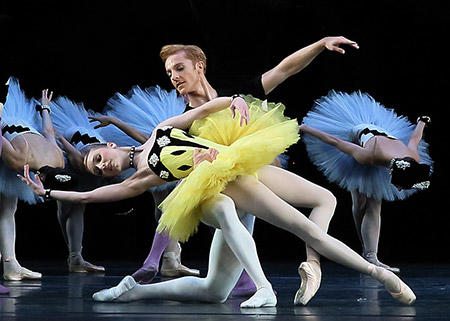 「バレエの情景」サラ・ラム、スティーヴン・マックレー Photo: Angela Kase