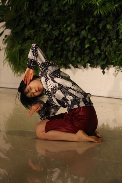 「あいちアートの森=アートが開くあいちの未来=」 康本雅子 オープニング・パフォーマンス