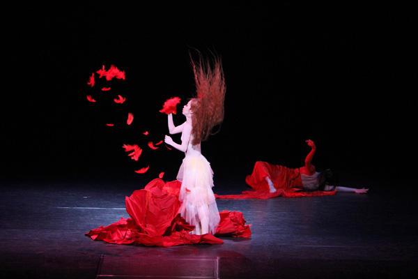 『赤い薔薇とカナリア』小林泉、安藤しのぶ 撮影:MIYABI