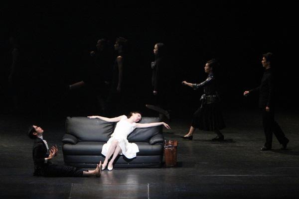 『ブランチ・デュボア〜欲望という名の電車より〜』 ブランチ・デュボア:後藤千花 撮影:MIYABI