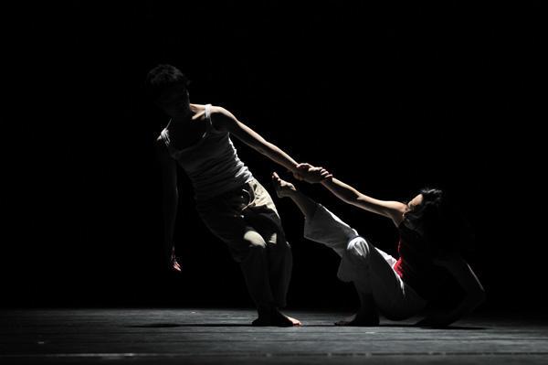 クリエイティブダンスフェスティバル2011 勝部ちこ鹿島聖子デュオ作品