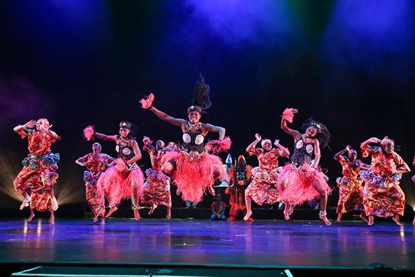WAATO SiiTA and BAM/Restoration Dance Ensemble   Photo Credit:Richard Termine