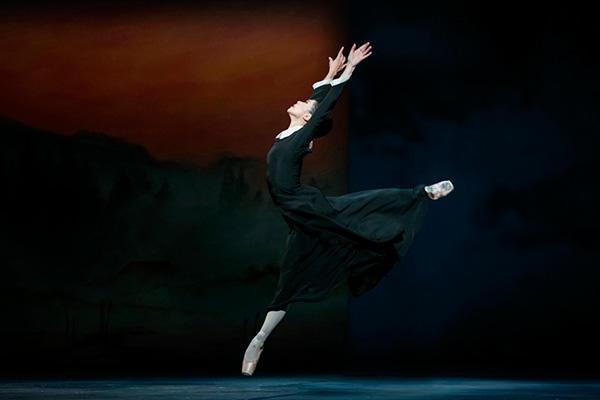 カナダ国立バレエ「冬物語」(写真は他日公演のものです) Photo Credit: Karolina Kuras, courtesy of The National Ballet of Canada