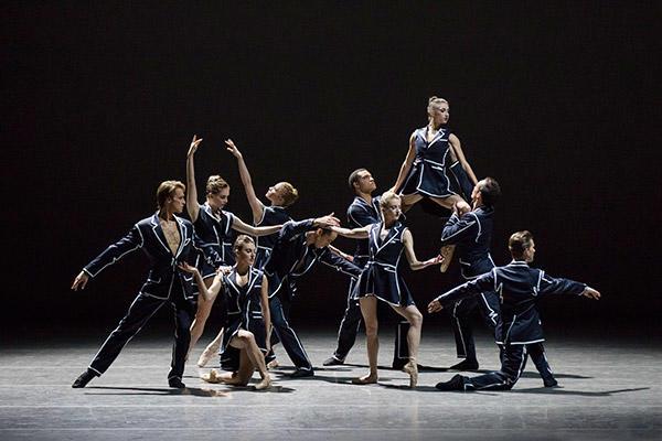 New York City Ballet in Annabelle Lopez Ochoa's Unframed. (C) Paul Kolnik