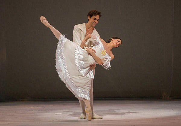 Alina Cojocaru and Friedemann Vogel Photo (C) Stephanie Berger