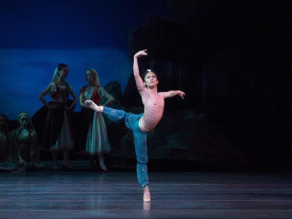 Jeffrey Cirio in Le Corsaire. Photo: Rosalie O'Connor.