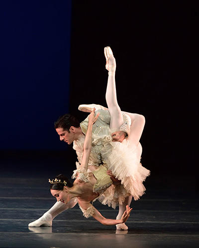 Hee Seo and Marcelo Gomes in The Nutcracker.  Photo: Gene Schiavone