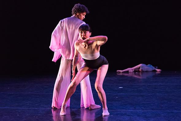 "Armitage Gone Dace, ""Walls"" Dancers: Ahmaud Culver (L), Megumi Eda (R) Photo: Peter Speliopoulos"