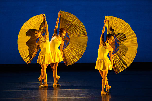 SUN DANCE   Jennifer Chicheportiche,  Jenna Marie Graves, Catherine Jaeger  Photo CHARLES AZZOPARDI