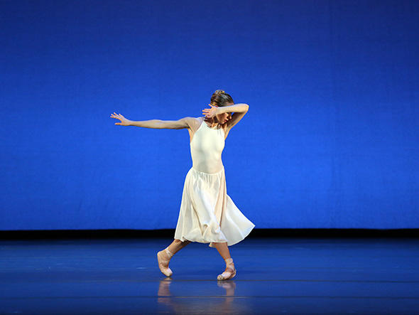 『ダフニスとクロエ』 Isabella Boylston in Daphnis and Chloe. Photo: Marty Sohl.