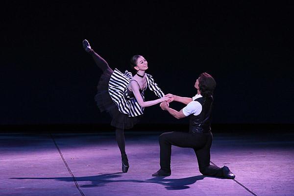 『ピアノ・ブギ・ウギ』上村未香、貞松正一郎 撮影:岡村昌夫(テス大阪)