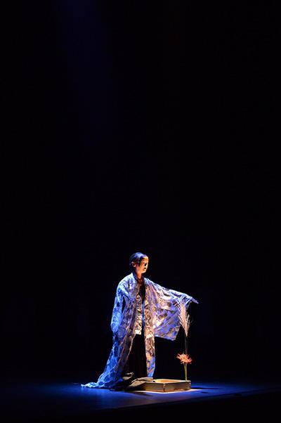 環バレエ団「初秋のバレエコンサート」撮影:岡村昌夫(テス大阪) 『And Now,And Here......IZUTU』作田みどり