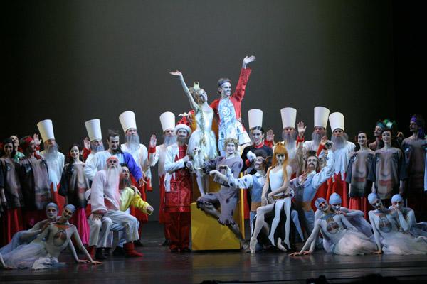 マリインスキー・バレエ団『イワンと仔馬』 (C)N.Razina