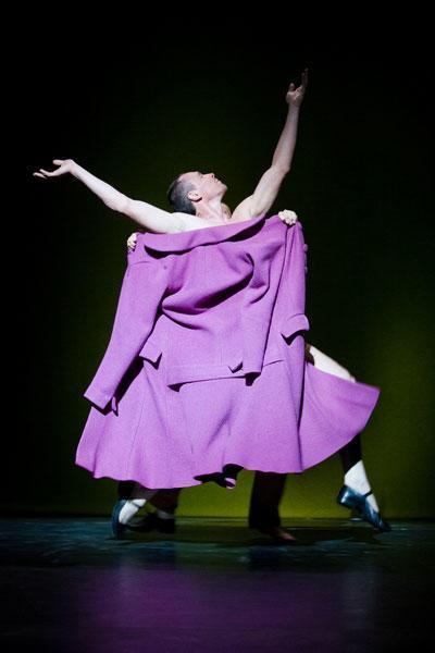 『一種の・・・』 (C) Agate Poupeny/Opéra national de Paris