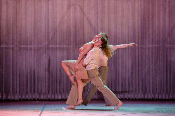 パリ・オペラ座バレエ団『レイン』 (C)Agathe Poupeney/Opéra national de Paris