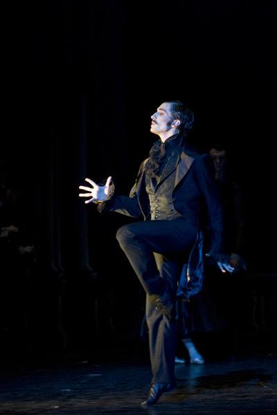 「天井桟敷の人々」バンジャマン・ペッシュ (C)Julien Benhamou / Opéra national de Paris
