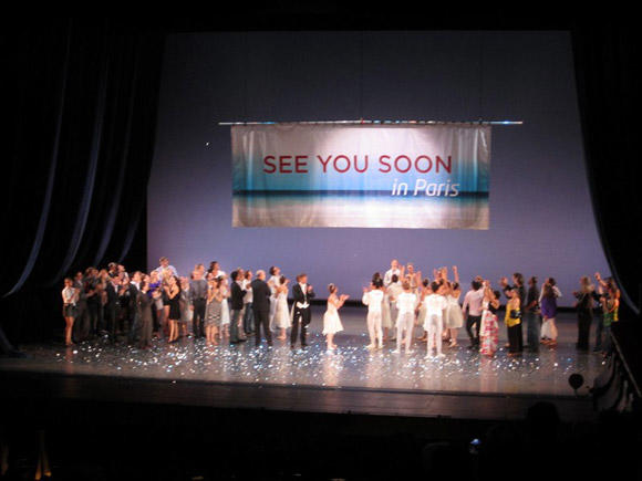 日本風のカーテンコールで再会をアピールしたマイアミ・シティ・バレエ団 (C)DR