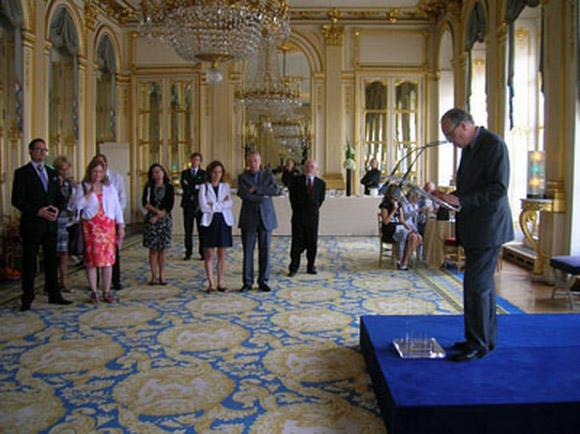 文化省のサロンでバレエ団のメンバーが紹介された (C)Roberto Santiago
