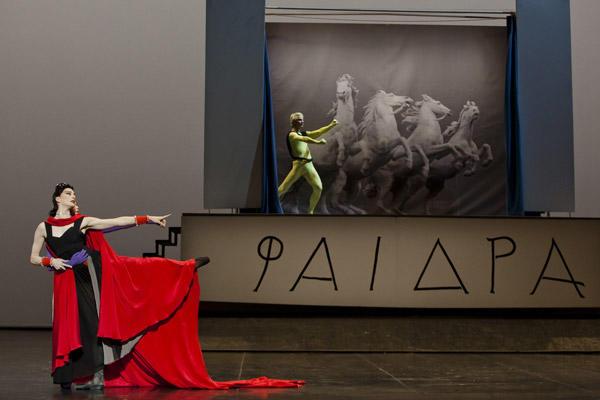 「フェードル」マリ=アニエス・ジロー、カール・パケット © Opera national de Paris / Agathe Poupeney