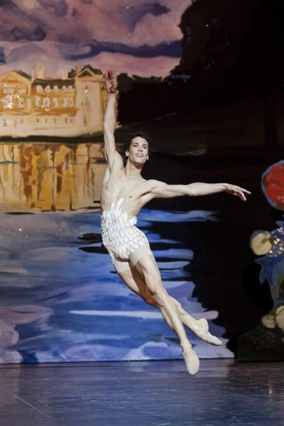 「プシュケー」ステファン・ブリヨン © Opéra national de Paris / Agathe Poupeney