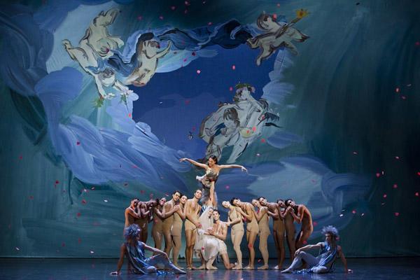 「プシュケー」© Opéra national de Paris / Agathe Poupeney