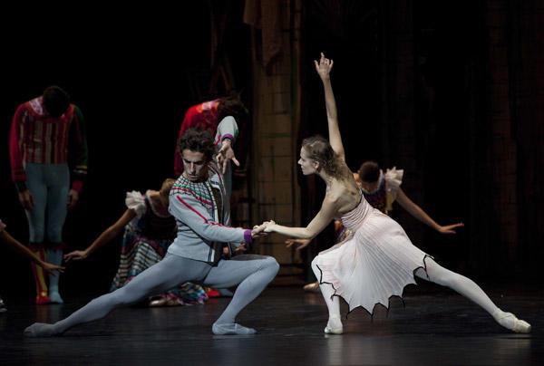 『狼』 Photos Anne Deniau / Opéra national de Paris
