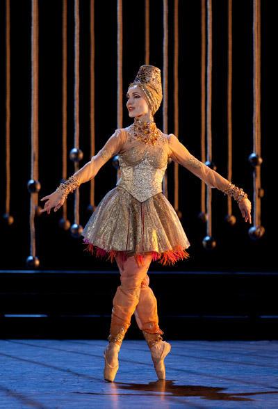 『泉』ノルヴェン・ダニエル (C)Anne Deniau/Opéra national de Paris