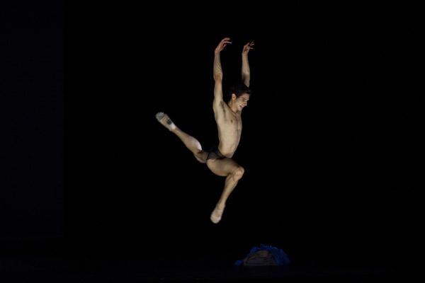 「感覚の解剖学」 Photo Anne Deniau / Opéra national de Paris