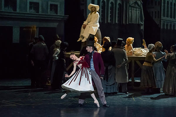 『天井桟敷の人々』 (C) Opéra national de Paris/ Charles Duprat