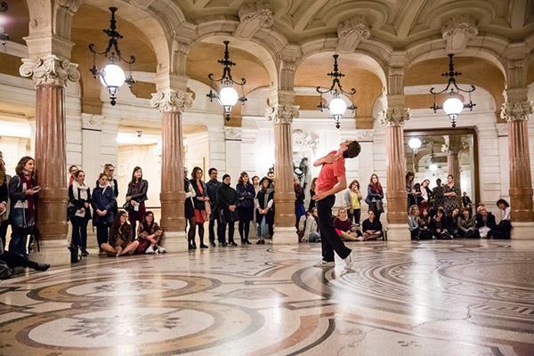 「20世紀のための20人のダンサー」 photo Agathe Poupeney/ Opéra national de Paris