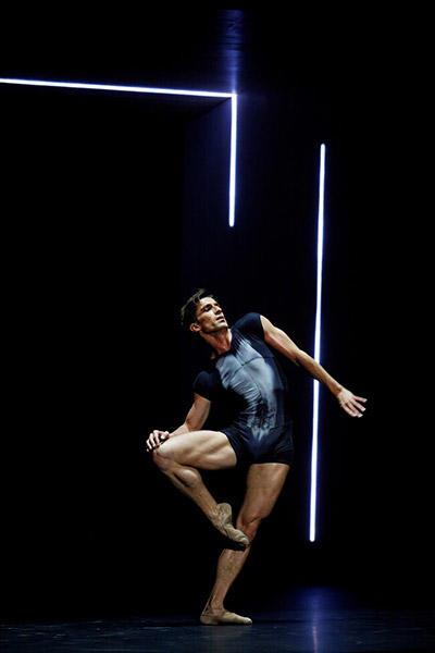 「ジェニュス」 photo Laurent Philippe / Opéra national de Paris