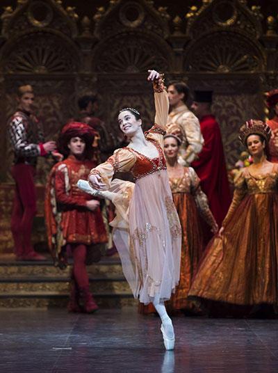 (C) Opéra national de Paris/ Julien Benhamou