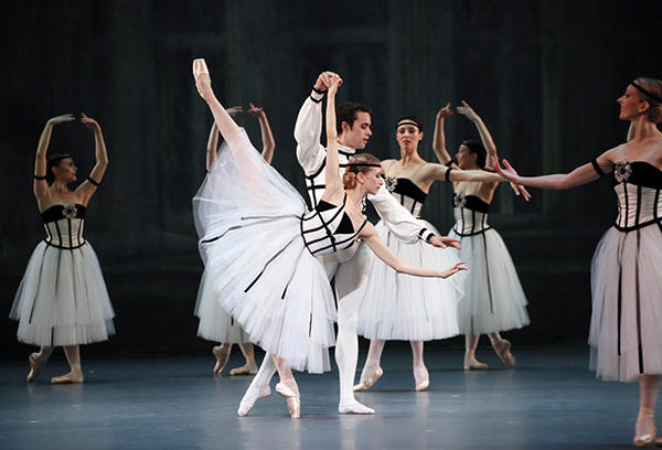 『ブラームス・シェーンベルク四重奏曲』ミリアム・ウルド=ブラーム、マチアス・エイマン (C) Opéra national de Paris/ Francette Levieux