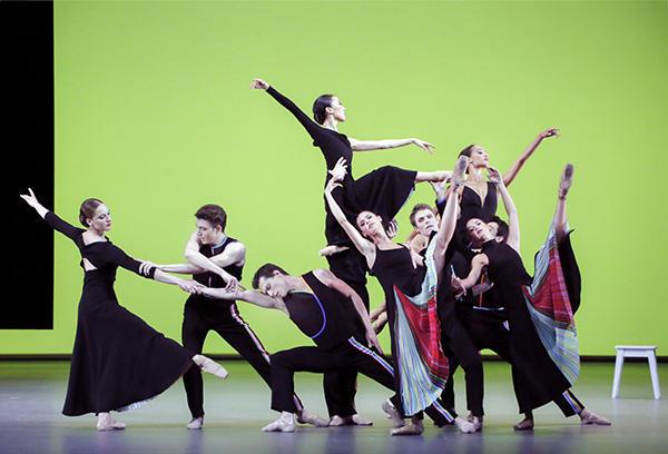 『黄昏時』(C) Opéra national de Paris/ Francette Levieux