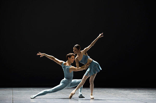 『Blake Work1』photo Julien Benhamou/ Opéra national de Paris