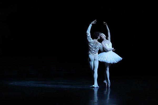 レオノール・ボーラック、マチアス・エイマン © Opéra national de Paris/ Svetlana Loboff