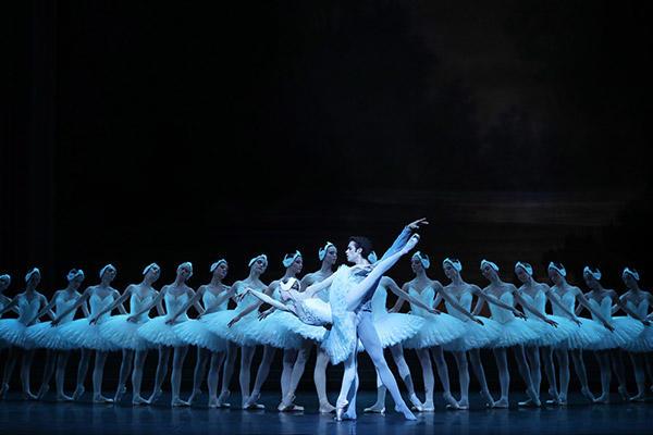 ミリアム=ウルド・ブラーム、マチアス・エイマン (C) Opéra national de Paris/ Svetlana Loboff