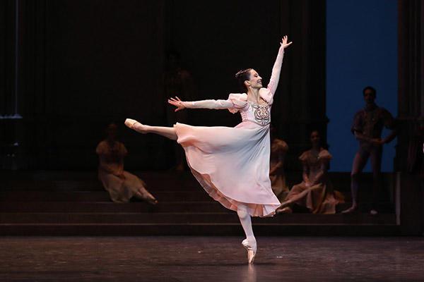 オニール 八菜 (C) Opéra national de Paris/ Svetlana Loboff
