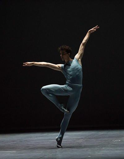 『Blake Works』 photos Julien Benhamou/ Opéra national de Paris