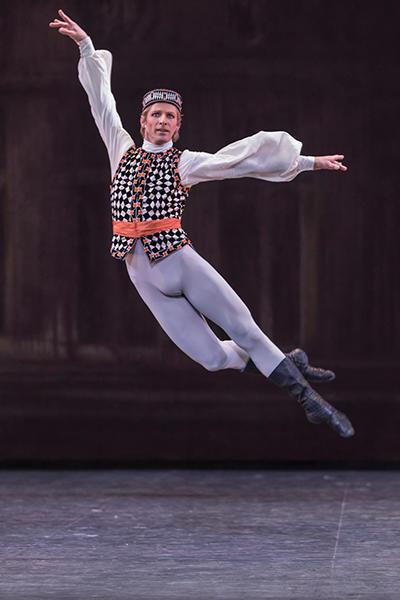 『ブラームス・シェーンベルグ・カルテット』第四楽章 photo Sébastien Mathé/ Opéra national de Paris