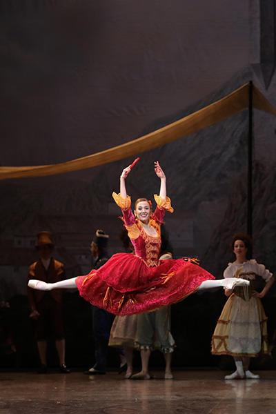 リュドミラ・パリエロ  (C) Opéra national de Paris/ Svetlana Loboff