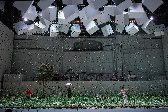 (C) Opera national de Paris/ Ann Ray