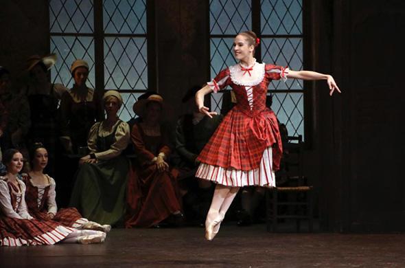 「ラ・シルフィード」 photo Svetlana Loboff/ Opéra natinal de Paris