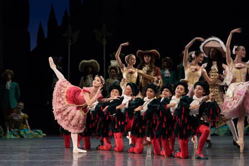 Photos : (C) Opéra national de Paris / Ula Blochsage