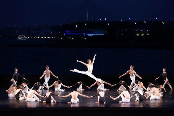 「ギリシャの踊り」長瀬直義 photo:Kiyonori Hasegawa