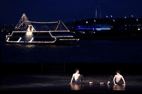 「ギリシャの踊り」宮本祐宜、梅澤紘貴 photo:Kiyonori Hasegawa